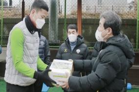 김천 상무 김충섭 구단주, 선수단 전지훈련 격려 방문